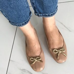 Very cute nude bow flats